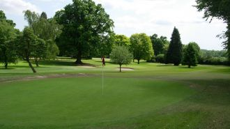 18 Hole, Par 3 Golf Course (Ampfield, Hampshire)